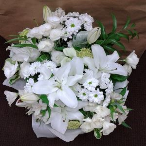 White Elegance - Bouquets